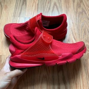 NikeID Custom Sock Dart Triple Red